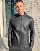 Jack & Jones – Essentials – Svart bikerjacka i läderimitation